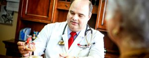 Raul Alonso is a diligent and engaging physician specializing in cardiology and internal medicine.